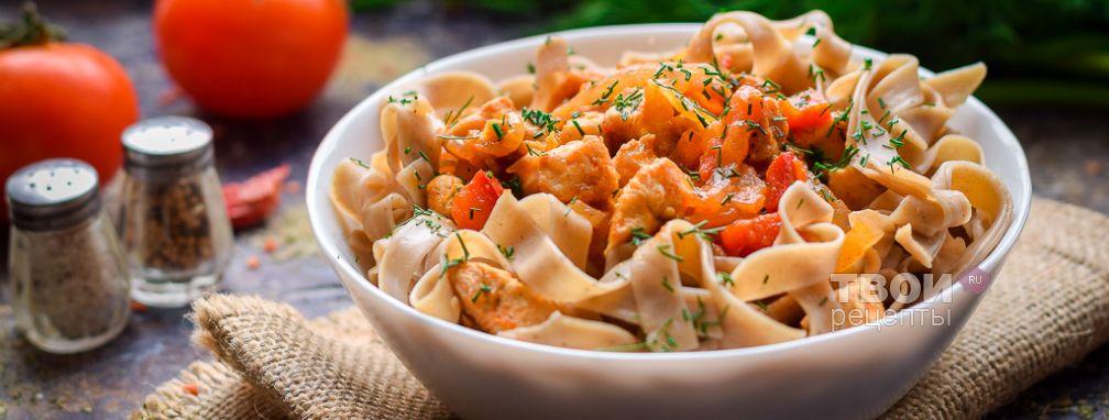 Гречневая лапша с курицей и овощами - Рецепт