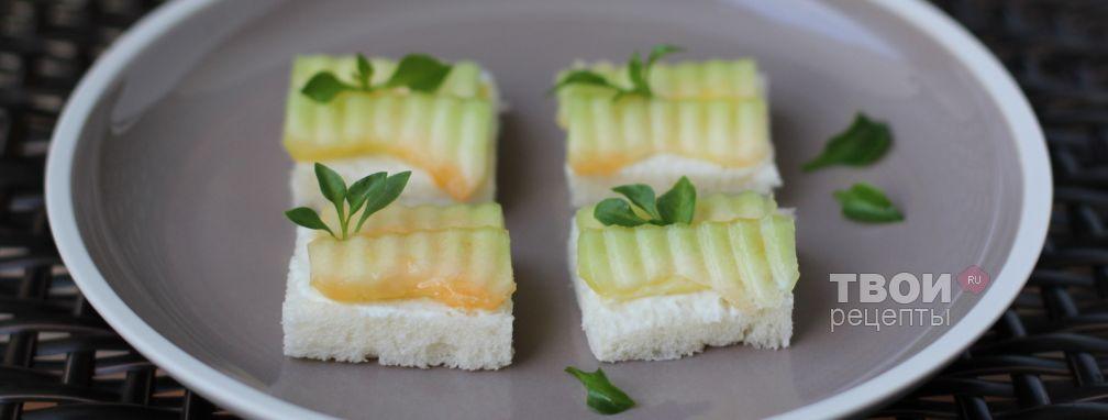 Канапе с сыром и дыней - Рецепт
