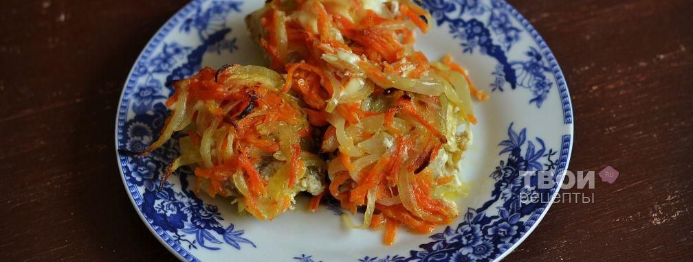 рецепт приготовления минтая в духовке с морковью