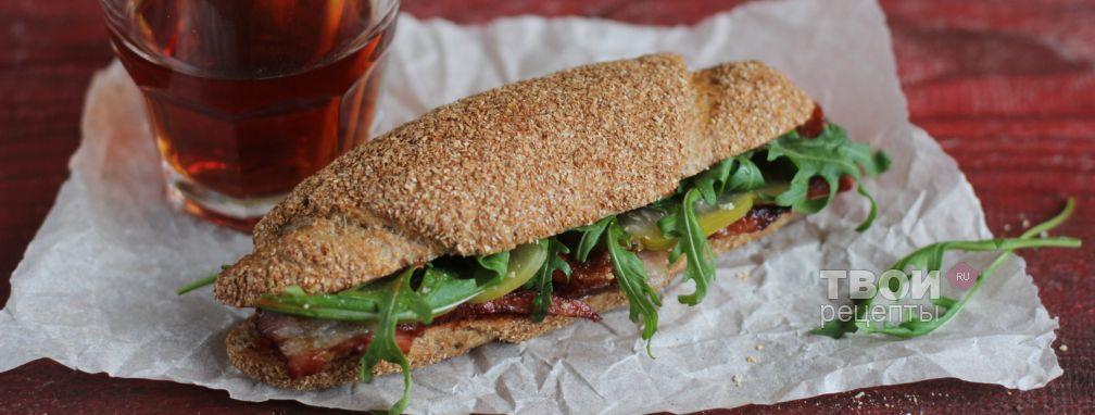 Сэндвич с беконом и руколой - Рецепт