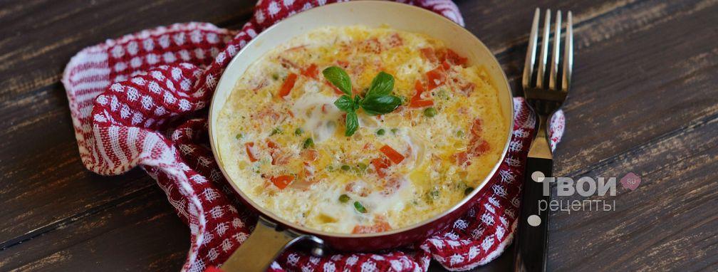 Яичница с помидорами и зеленым горошком - Рецепт