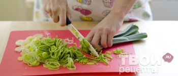 Киш с козьим сыром и луком пореем - пошаговый рецепт