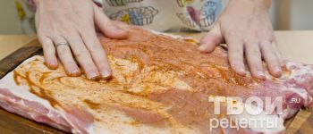 Свиной рулет фаршированный булгуром - рецепт приготовления с фотографиями