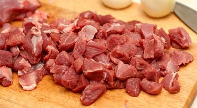 Как потушить вкусно мясо рецепт с фото