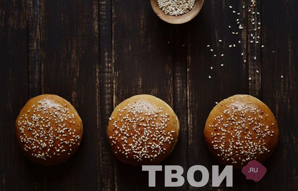 http://tvoirecepty.ru/files/imagecache/colorbox/recept/recept-bulochki-dlya-gamburgerov_0.jpg