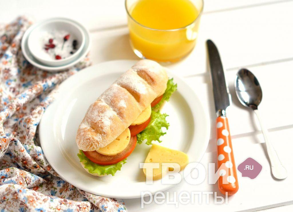 бутерброд с чесноком помидором и