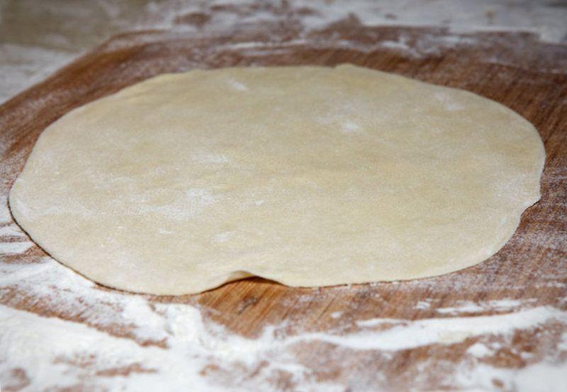 Как сделать тесто для чебуреков на молоке