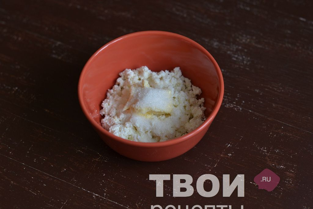 recept-glazirovannye-tvorozhnye-syrki-shag_0.jpg