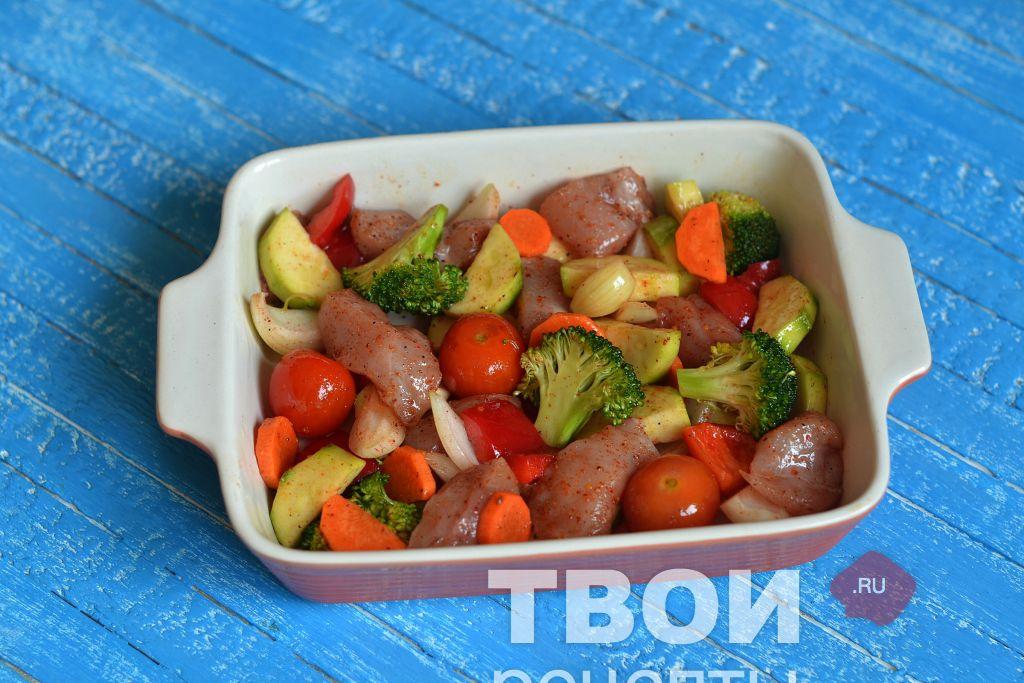 Как приготовить куриную грудку с овощами рецепт пошагово