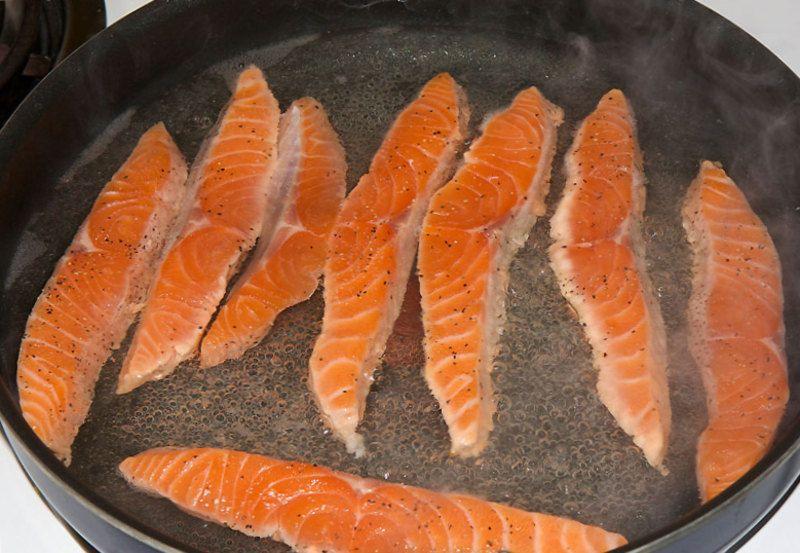Как пожарить лосося с фото