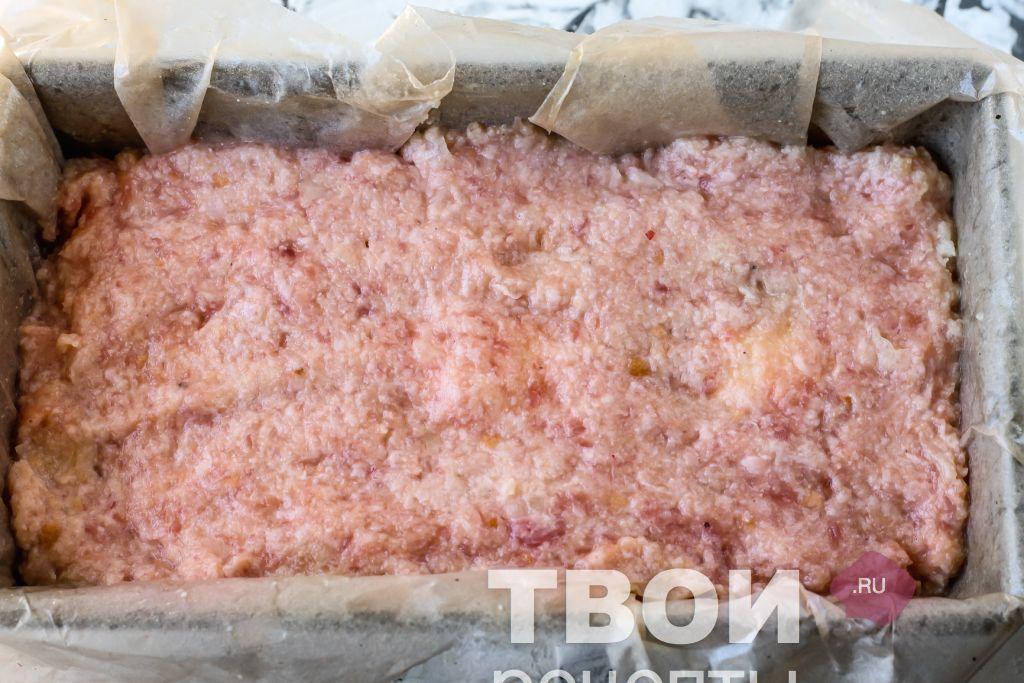 Мясной рулет в духовке в рукаве рецепт