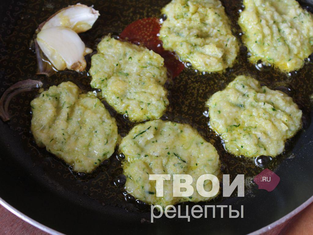 Рецепт оладьев из кабачков пошаговый
