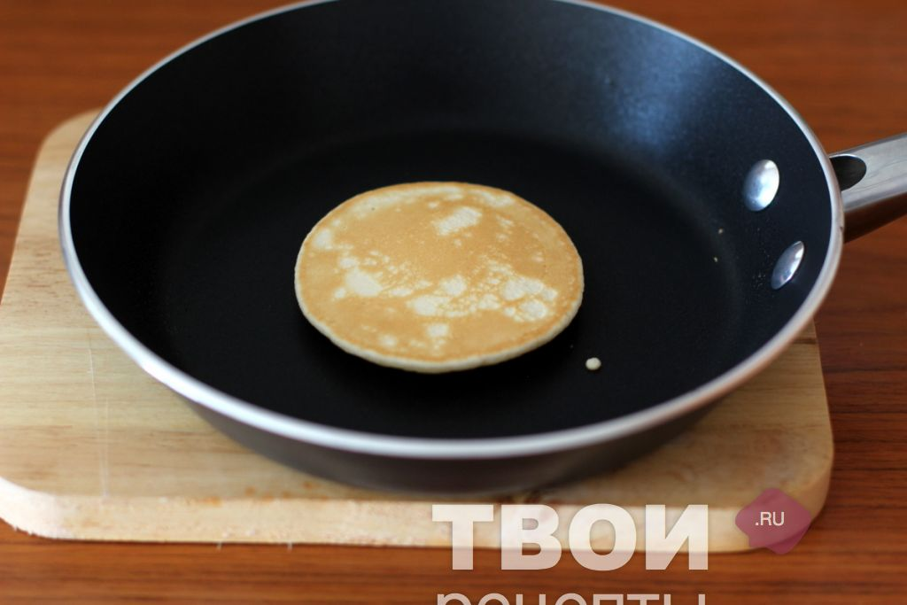 Панкейки на сковороде