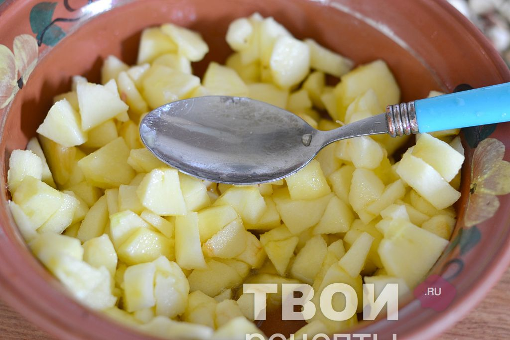 Как приготовить булочки с сыром из слоеного теста