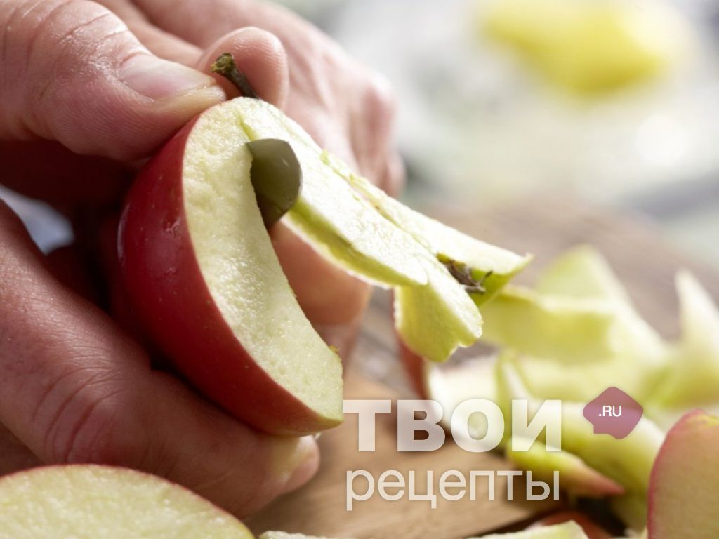 Apple puree with condensed milk for the winter: mashed potatoes Nezhenka