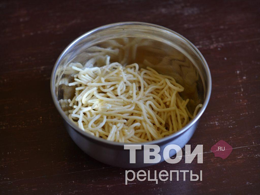 recept-zapekanka-iz-makaron-v-multivarke-shag.jpg