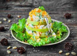 recept-salat-s-grushei.jpg