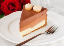 recept-tort-tri-shokolada.jpg